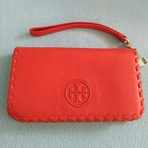 Tory Burch Marion Smartphone Leather Wallet